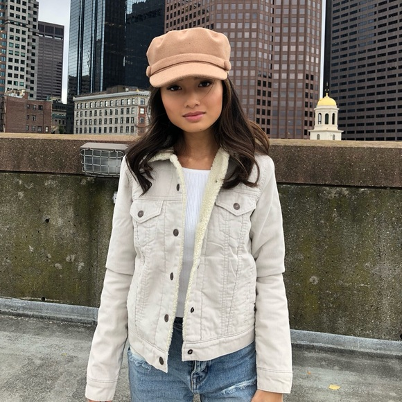 3d5316083d95c Accessories - WORN ONCE   URBAN OUTFITTERS BAKER BOY HAT